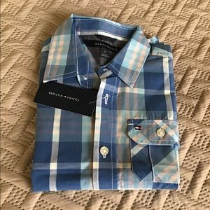 TOMMY  HILFIGER BOYS SHORT SLEEVES BUTTON DOWN